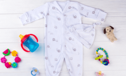 Unisex Newborn Baby Clothes – Why You Should Go Unisex (Even If You Know the Gender!)