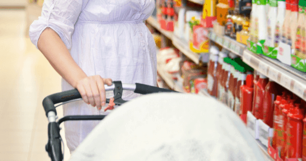 10 Genius Hacks To Make Food Shopping With a Baby a Breeze