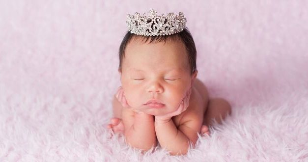 45+ Royal Baby Girl Names Fit for A Little Princess!